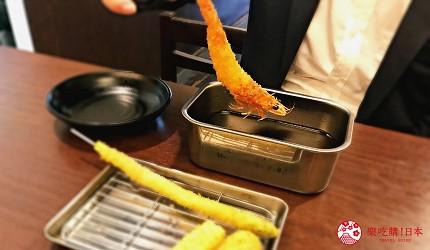 大阪难波必吃串炸名店「新世界串炸 ITTOKU」的天使虾串炸