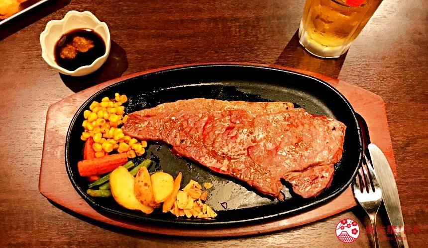 大阪难波必吃串炸名店「新世界串炸 ITTOKU」的A5和牛牛排