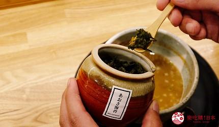 大阪心齋橋必吃沾麵「麺匠たか松」的沾麵將乾燥海苔加入湯裡