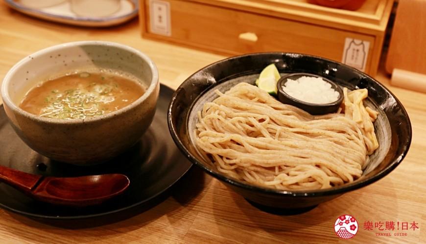 大阪心齋橋必吃沾麵「麺匠たか松」:招牌雞湯魚介湯頭沾麵大圖