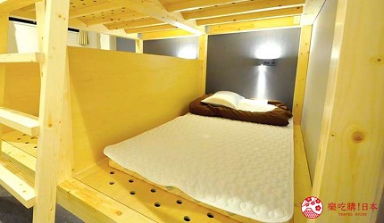 日本大阪的平價住宿酒店推介推薦THE STAY OSAKA 心齋橋可住6人的上下舖房型內的個人床位空間