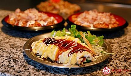 大阪道顿堀推荐章鱼烧名店「たこ八」(TAKOHACHI)的必点「道顿堀章鱼烧套餐」的豚平烧