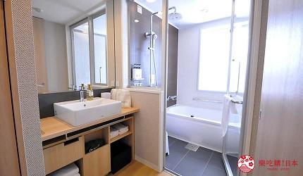 日本自由行大阪交通方便住宿推介karaksa hotel grande 新大阪 Tower唐草飯店房內的衛浴空間
