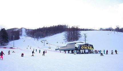日本關西北海道新潟滑雪自由行滑雪場推薦5選之一的SNOW CRUISE ONZE的滑雪場