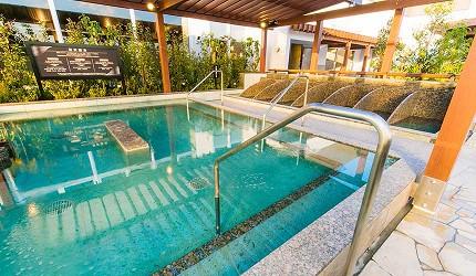 大阪京都溫泉會館推薦「SPA&HOTEL 水春 松井山手店」的露天超碳酸泉